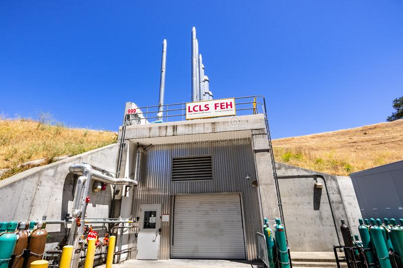 June 21, 2019 Menlo Park / CA / USA - The Linac Coherent Light Source / Far Experimental Hall outside view; SLAC National. Accelerator Laboratory located in San stock images