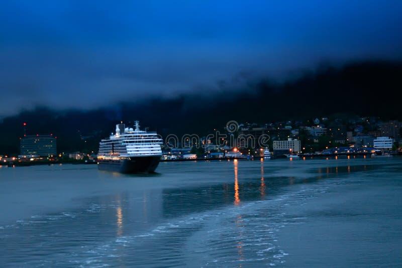 Juneau en la noche foto de archivo libre de regalías