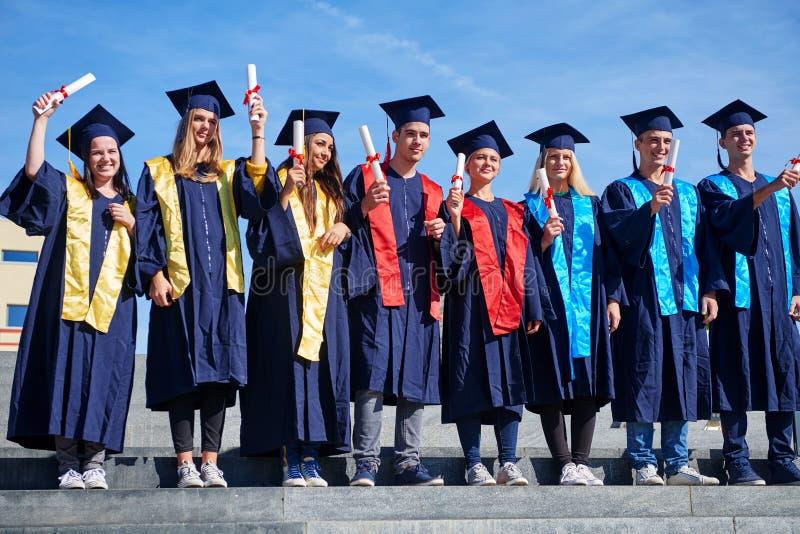 JungakademikerStudentengruppe lizenzfreies stockfoto