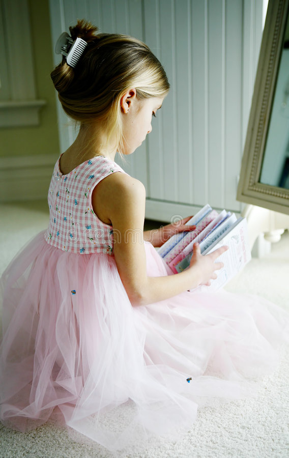 Junge Ballerina.   lizenzfreies stockfoto