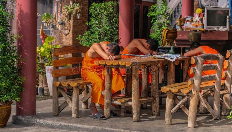 Junge Buddhisten lizenzfreies stockbild