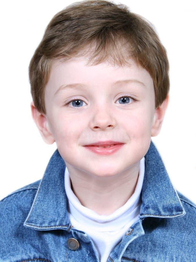 Junge in der Denim-Jacke stockfotografie
