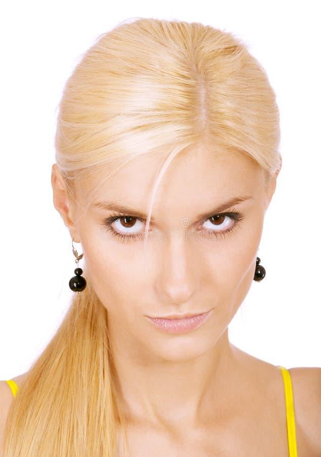 Junge fair-haired Frau lours lizenzfreies stockfoto