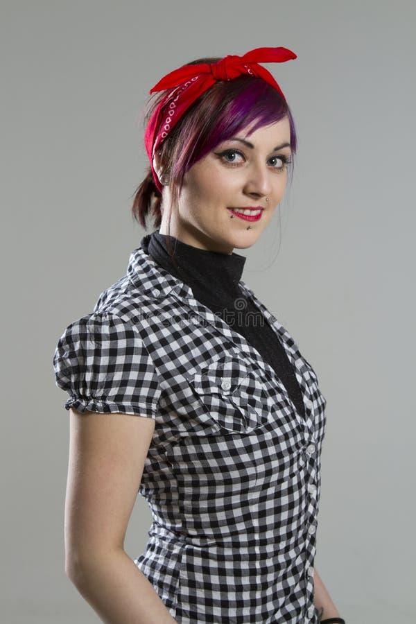 Junge Frau in der Rockabilly Art stockbilder