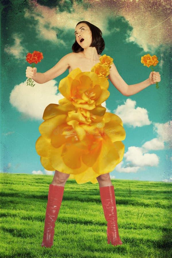 Junge Frau der Schönheit im Kleid lizenzfreie stockbilder