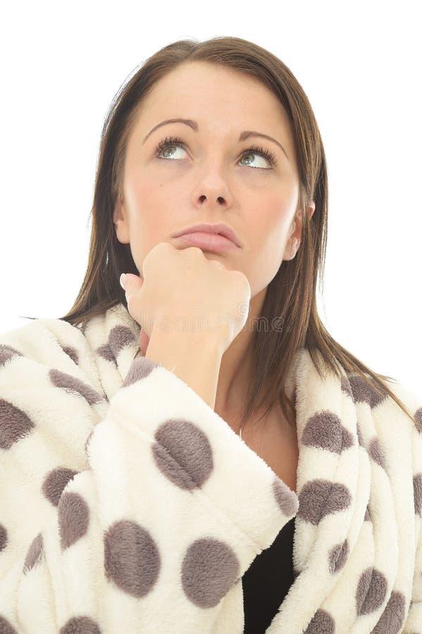 Junge Frau Fed Up Bored Thoughtful Miserables, die unglücklich oder betont schaut lizenzfreie stockfotos