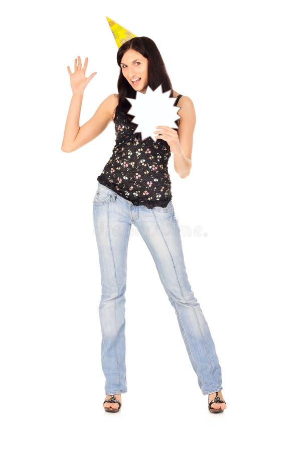 Junge Frau hält unbelegte Karte an lizenzfreies stockbild
