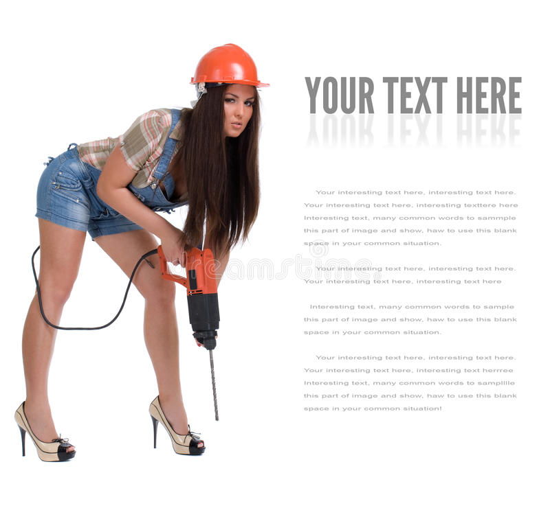 Junge Frau im elektrischen Bohrhammer der Jeanshexe Getrennt stockfotos