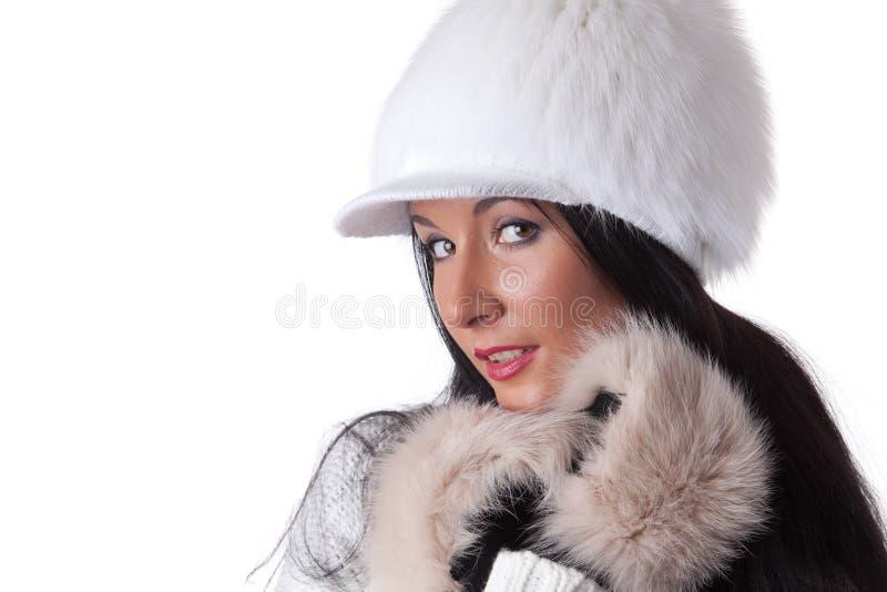 Junge Frau im Pelz. lizenzfreie stockbilder