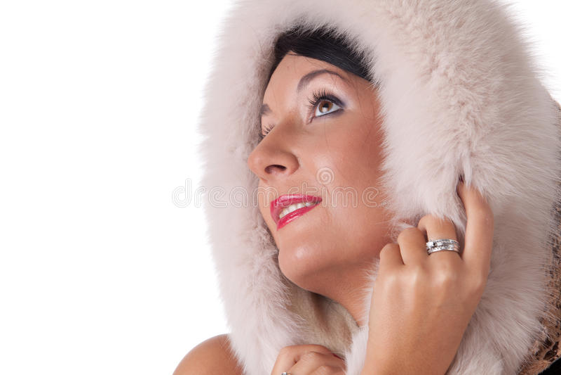 Junge Frau im Pelz. lizenzfreies stockfoto