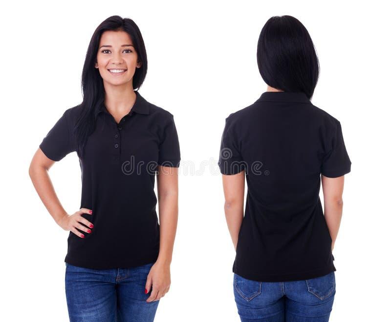 Junge Frau im schwarzen Polohemd stockbild