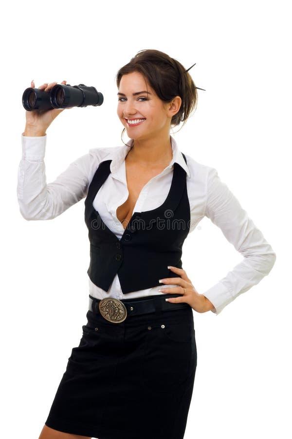 Junge Frau mit binokularem lizenzfreies stockfoto