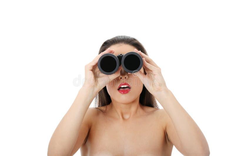 Junge Frau Mit Binokularem Lizenzfreie Stockfotografie