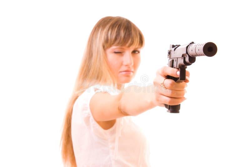 Junge Frau mit der Gewehr getrennt stockfotografie