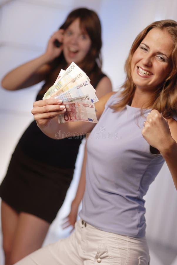 Junge Frau mit Euro lizenzfreies stockfoto