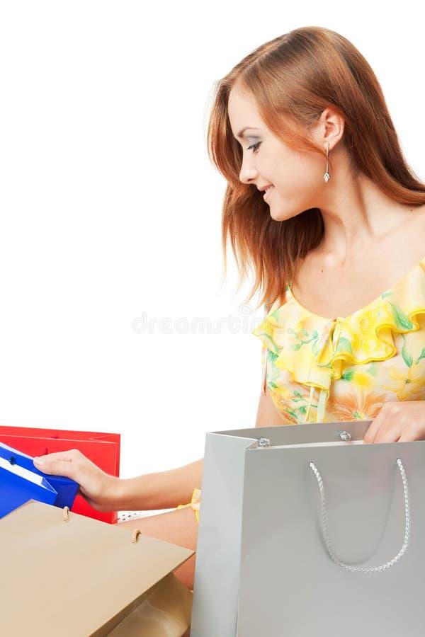 Junge Frau mit shoping Beuteln stockfotos
