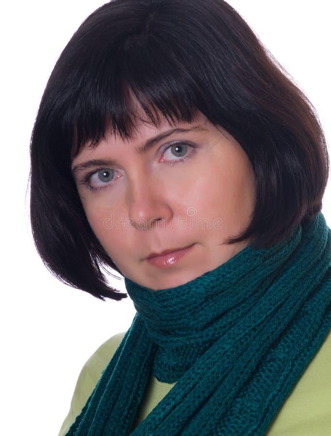 Junge Frau mit Winterschal lizenzfreies stockbild