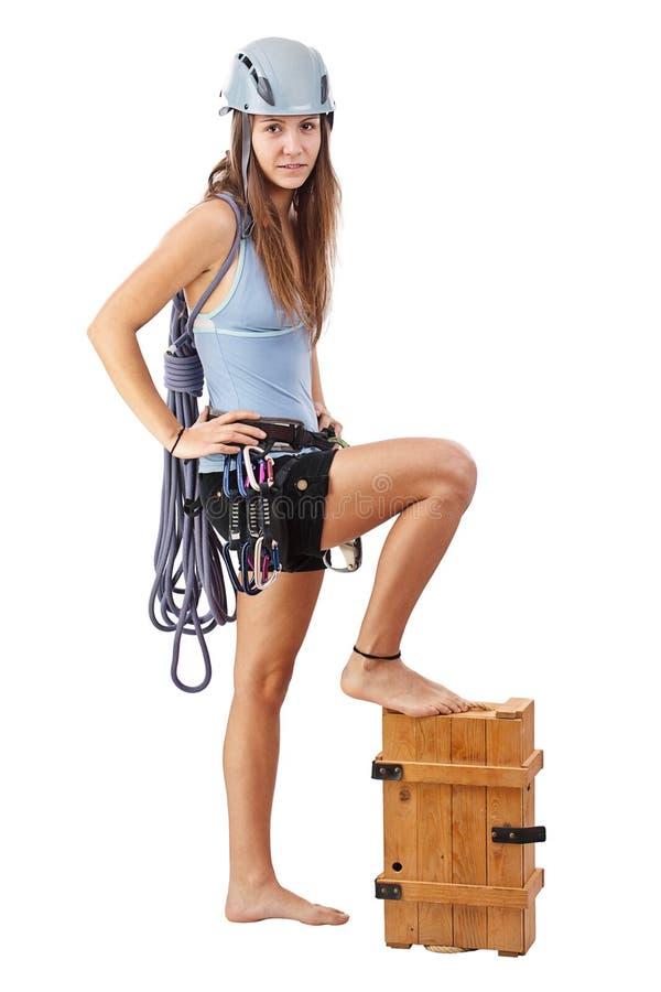 Junge Frau in steigender Ausrüstung lizenzfreies stockfoto