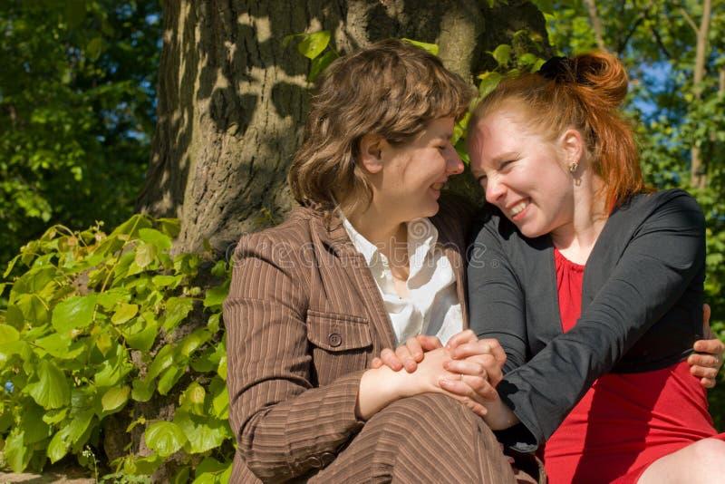 Junge Frauen stockbilder