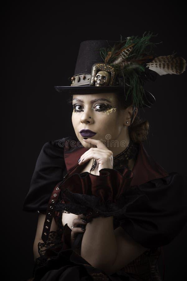 Junge Frauen-emotionales Porträt Steampunk stockfotografie