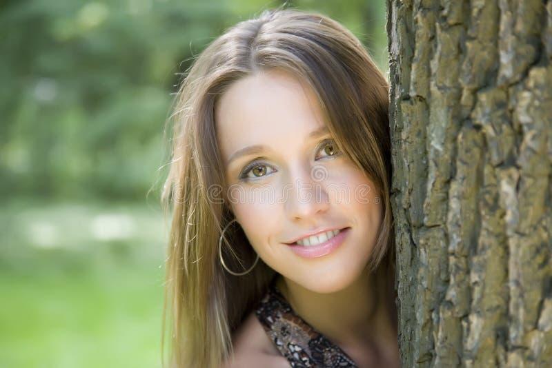 Junge Frauen-Portrait lizenzfreie stockfotos