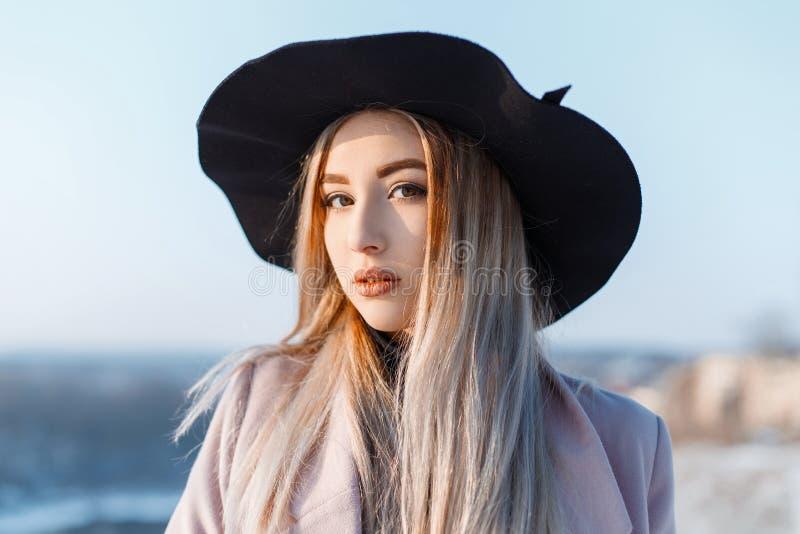 Mädchen 14 braune haare hübsches Braune haare