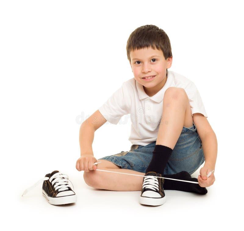 Junge mit Fußball lizenzfreie stockfotos
