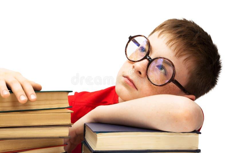 Junge mit Gläsern lizenzfreie stockfotografie