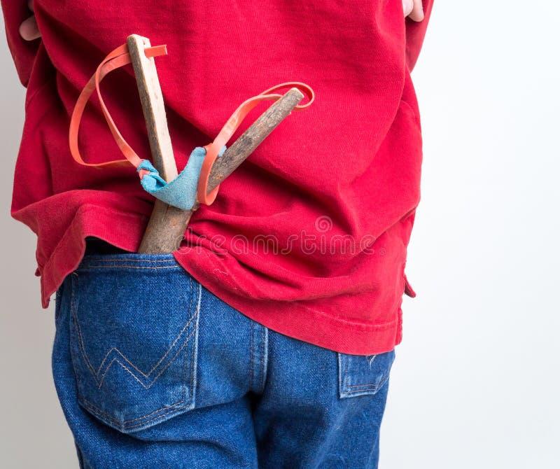 Junge mit Riemen-Schuß stockfotos