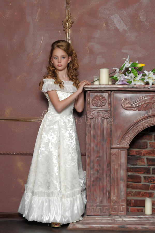 Junge Prinzessin lizenzfreie stockfotos