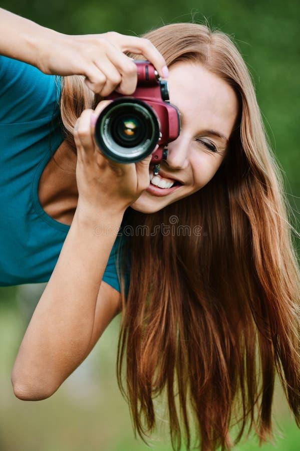 Junge reizend Fotographien des Portraits stockbild