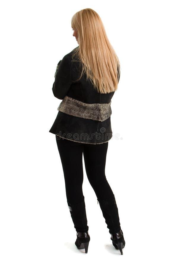 Junge schöne Frau in der Winterkleidung. lizenzfreies stockfoto
