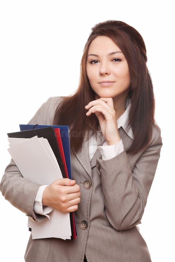 Junge schöne Geschäftsfrau mit Dokumenten stockbilder