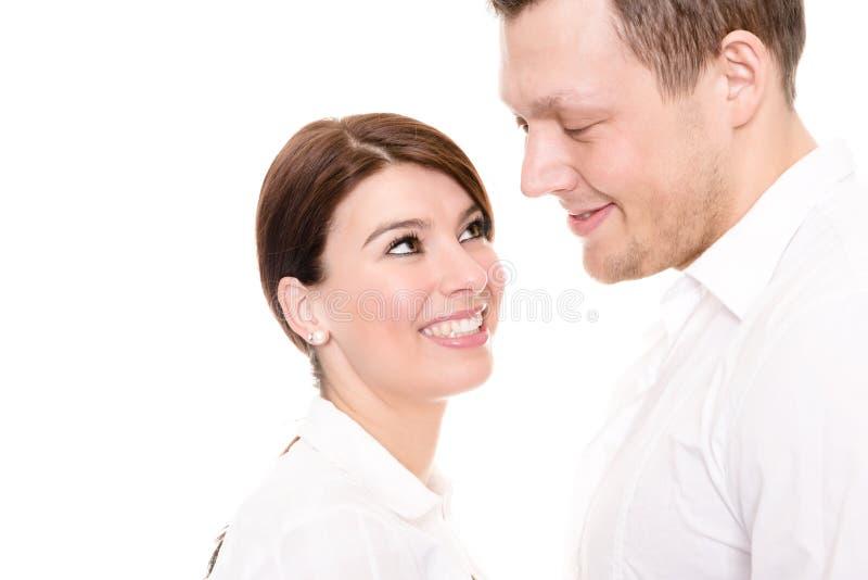 Junge und glückliches Paar lizenzfreies stockfoto