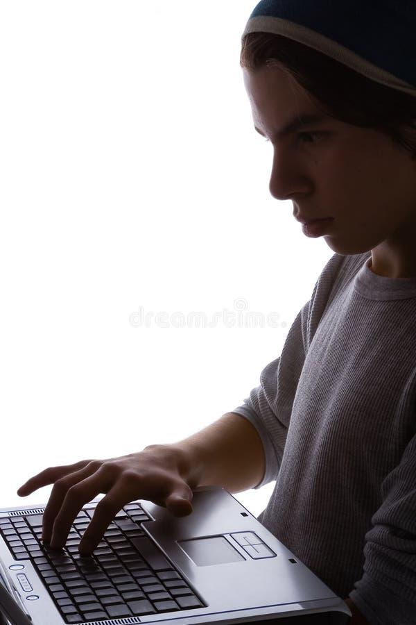 Junge und Laptop 5 lizenzfreies stockbild