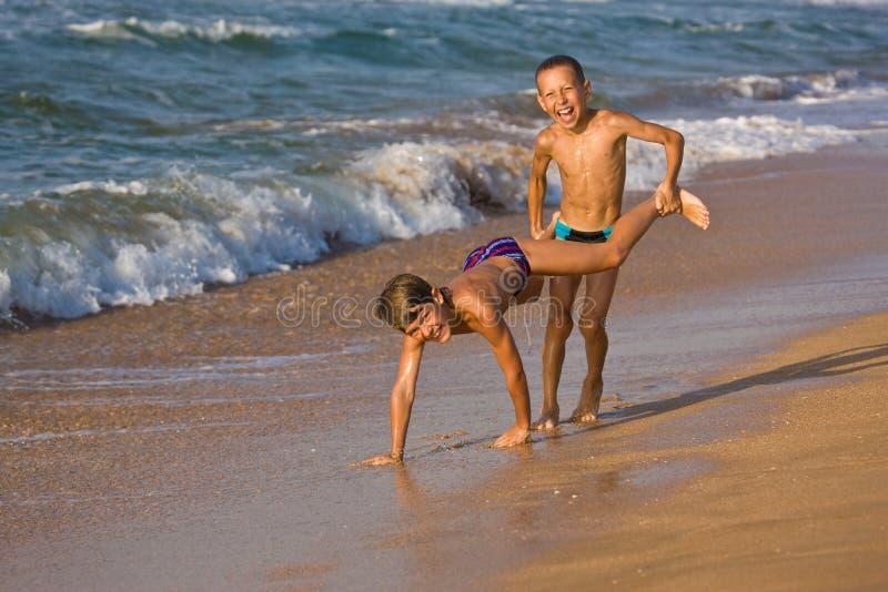 Junge zwei lizenzfreie stockfotografie