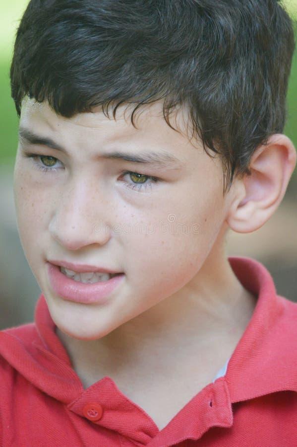 Jungen-fragender Blick stockfotografie