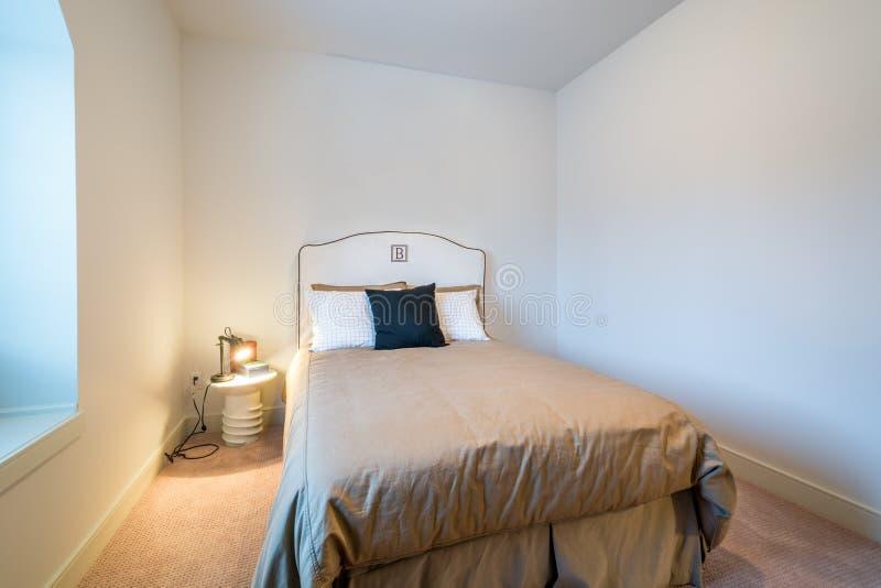 Jungen ` Schlafzimmer lizenzfreies stockfoto