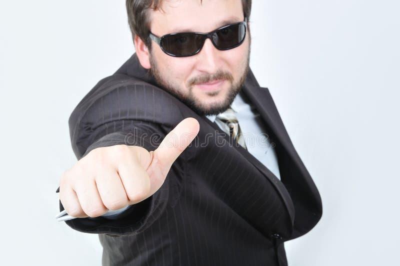 Junger attraktiver Geschäftsmann stockfotos
