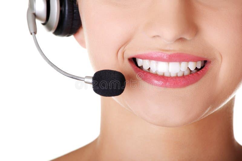 Download Junger Benennenmitte Assistent, Der An Der Kamera Lächelt Stockfoto - Bild von telefon, mädchen: 27730430