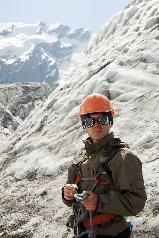 Junger Bergsteiger stockfotos