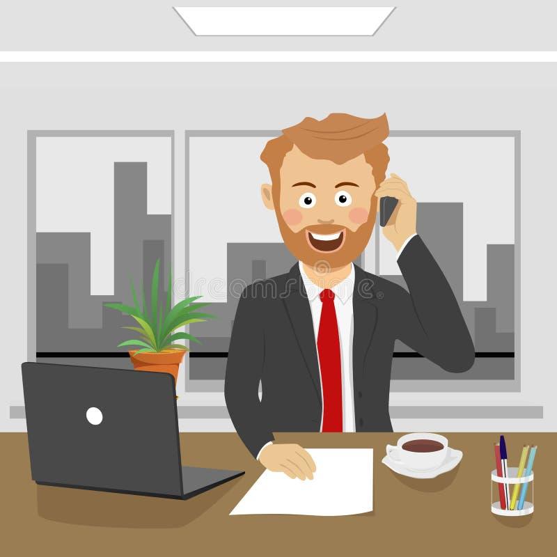Junger Geschäftsmann, der am Telefon sitzt im Büro mit Laptop spricht stock abbildung