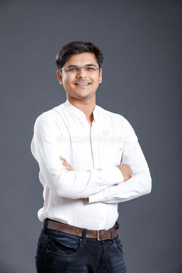 Junger indischer Mann stockbild