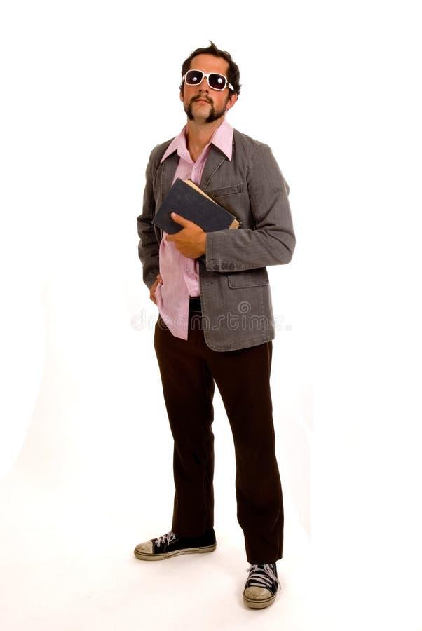 Junger, kühler, Hippie-Kursteilnehmer oder Lehrer oder Professor mit Buch lizenzfreies stockfoto