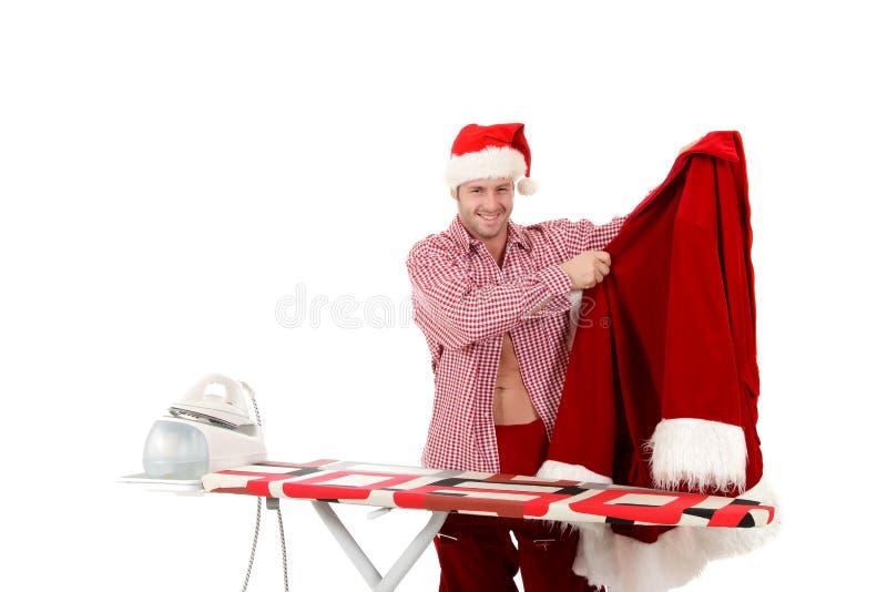 Junger kaukasischer Mann, Weihnachtsmann lizenzfreie stockbilder
