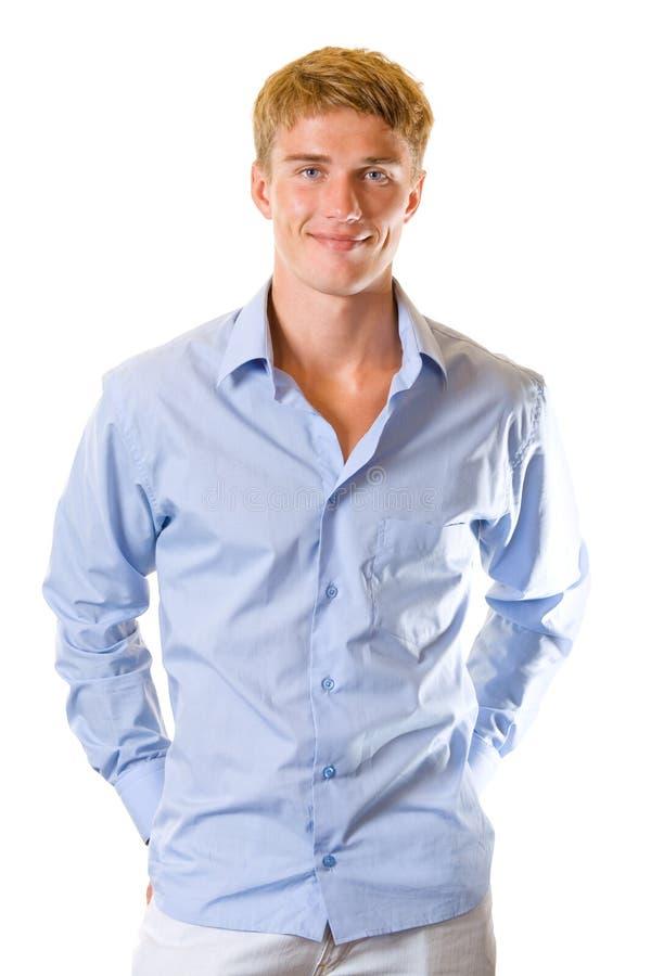 Junger lächelnder Mann, getrennt lizenzfreies stockfoto