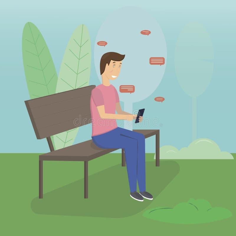 Junger Mann, der in der Stra?e oder im Park sitzt und jemand Mitteilung ?ber Chat unter Verwendung seines Smartphone sendet Flach stockbild
