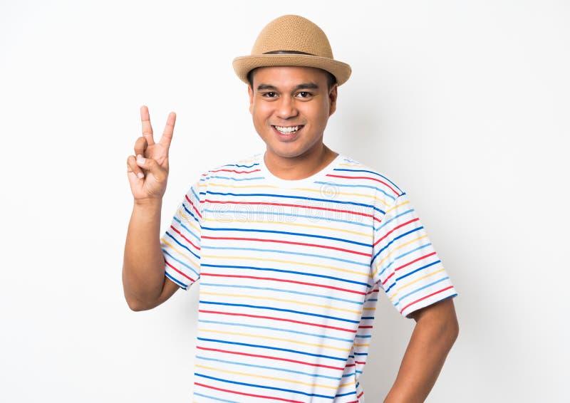 Junger Mann mit dem Hut so glücklich u. froh lizenzfreie stockfotos