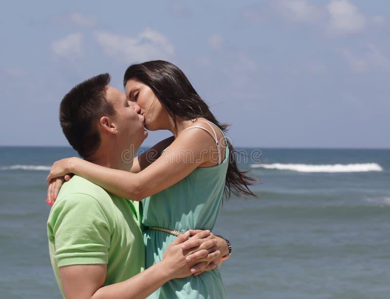 Junger Mann und Frau lizenzfreie stockfotografie