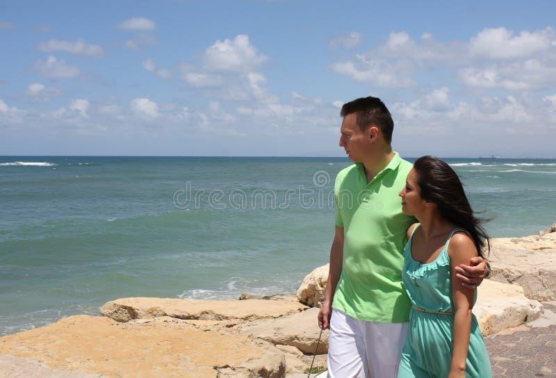 Junger Mann und Frau lizenzfreie stockfotos